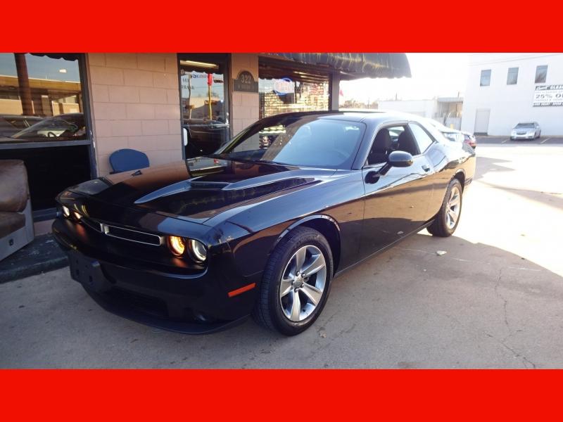 Dodge Challenger 2015 price $16,900