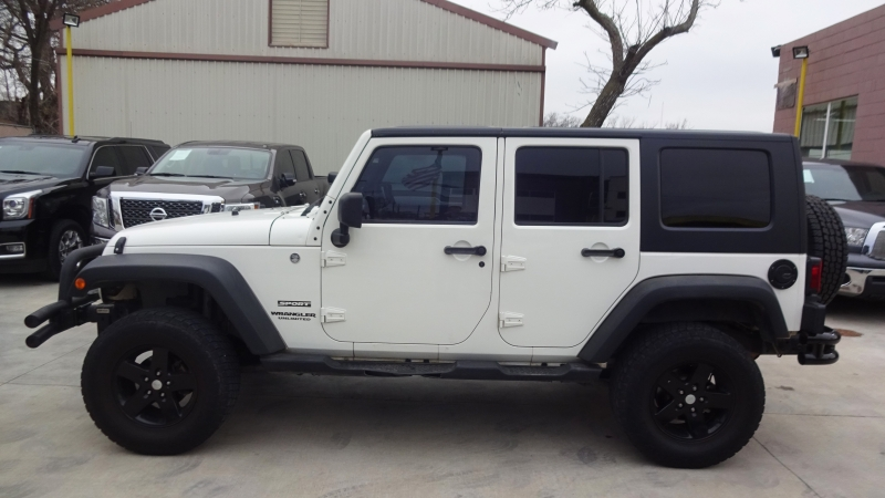 Jeep Wrangler Unlimited 2010 price $17,900