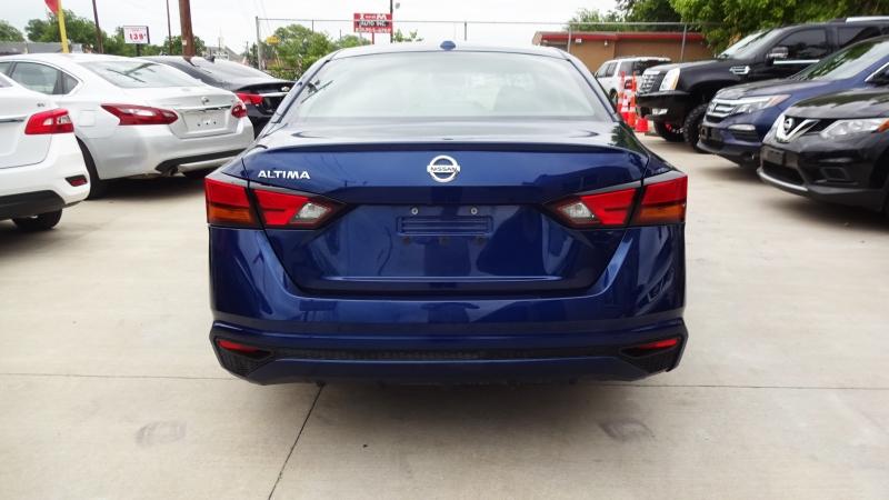 Nissan Altima 2019 price $16,490