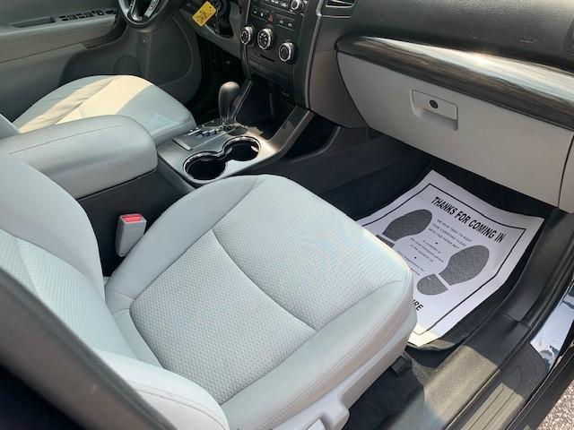 Kia Sorento 2013 price $11,749