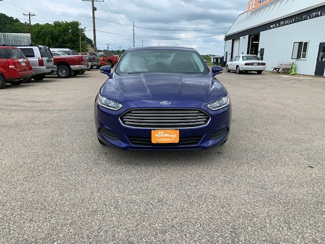 Ford Fusion 2015 price $10,985