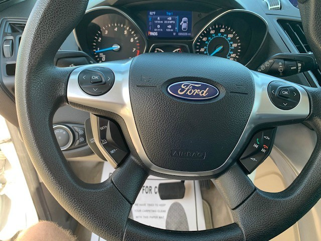 Ford Escape 2013 price $9,485