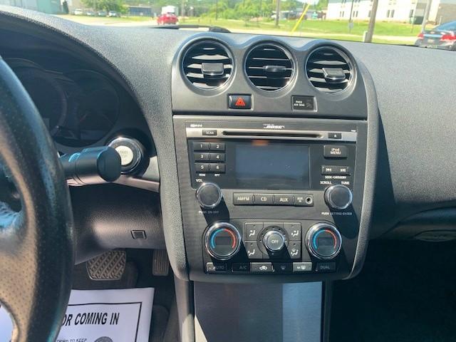 Nissan Altima 2011 price $7,985