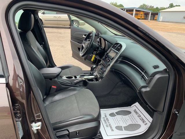 Chevrolet Malibu 2015 price $12,985