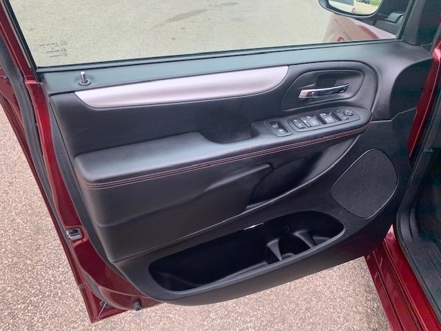 Dodge Grand Caravan 2017 price $22,495