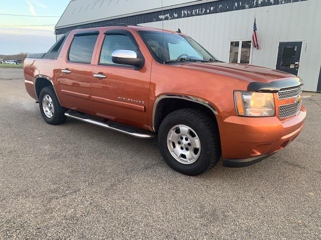 Chevrolet Avalanche 2008 price $13,985