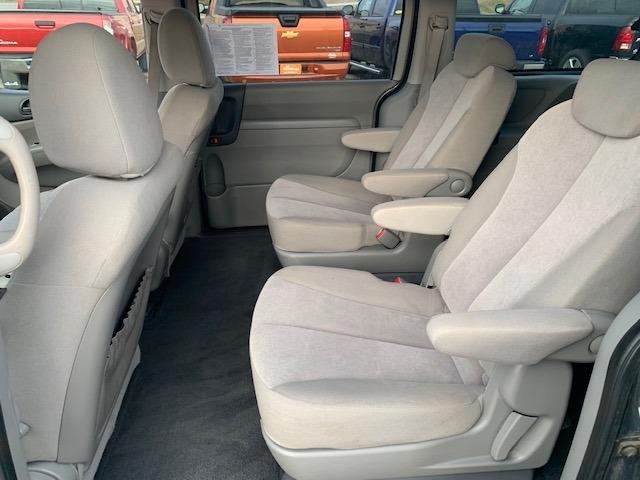 Kia Sedona 2009 price $4,985