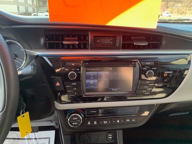 Toyota Corolla 2015 price $8,985