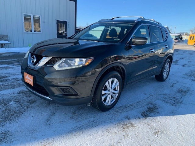 Nissan Rogue 2015 price $10,985