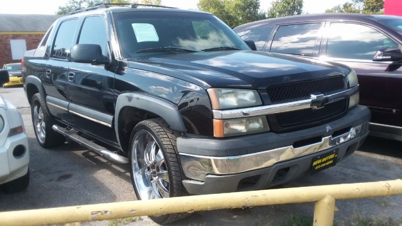 CHEVROLET AVALANCHE 2004 price $1,025 Down