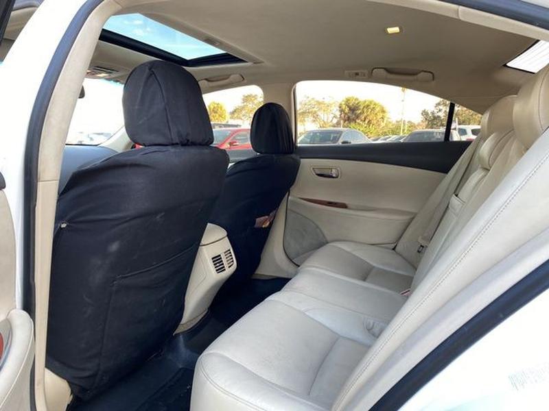 Lexus ES 2011 price $9,495