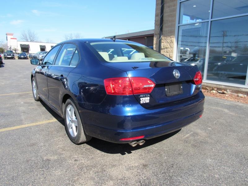 Volkswagen Jetta 2014 price $10,995