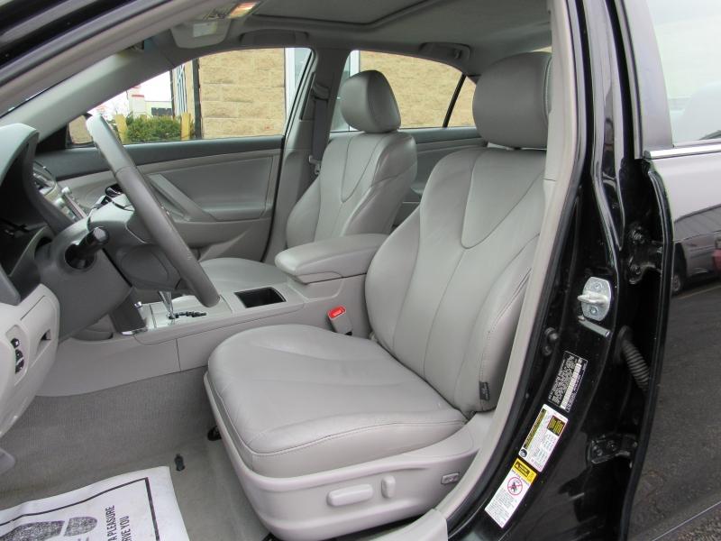 Toyota Camry Hybrid 2008 price $5,995