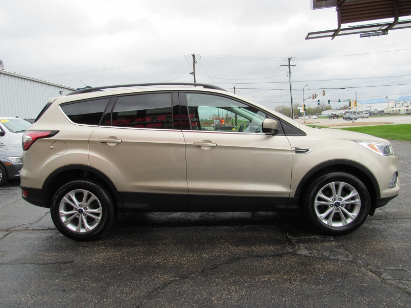 Ford Escape 2018 price $15,995