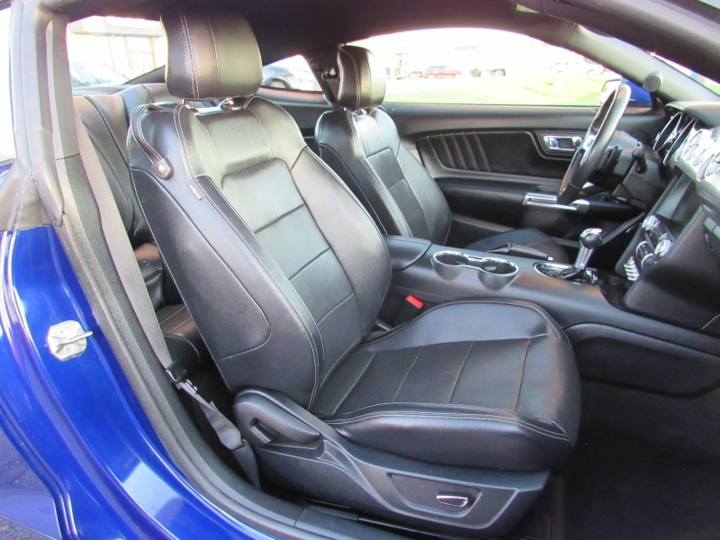 Ford Mustang 2015 price $13,995
