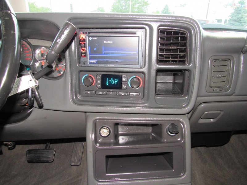 GMC Sierra 2500HD 2005 price $21,995