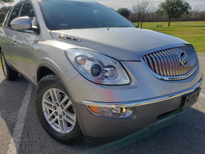Buick Enclave 2008 price $6,595