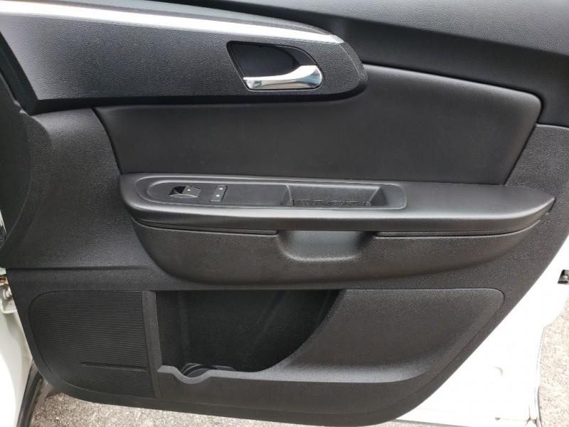 Chevrolet Traverse 2012 price $7,895