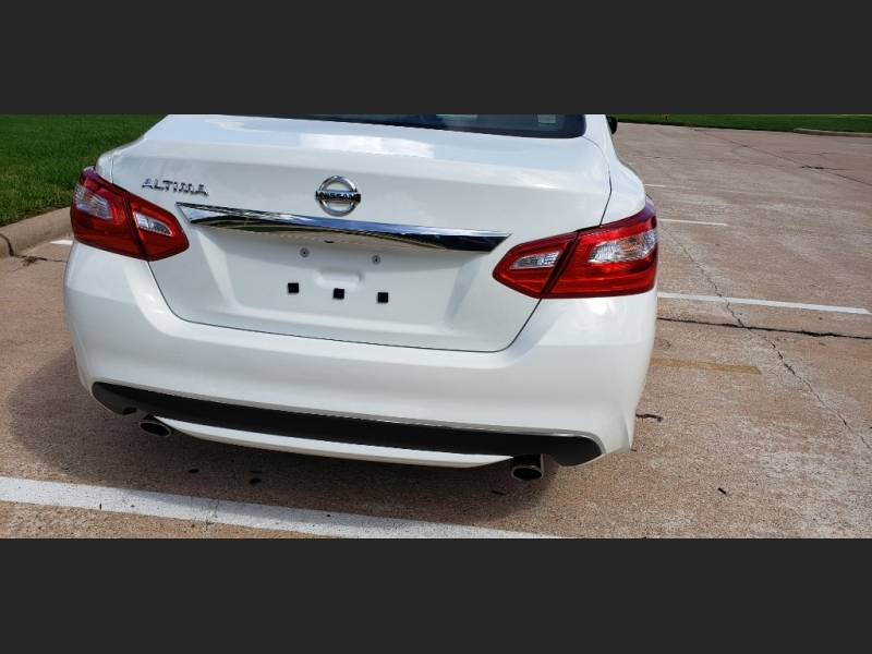 Nissan Altima 2016 price $11,995