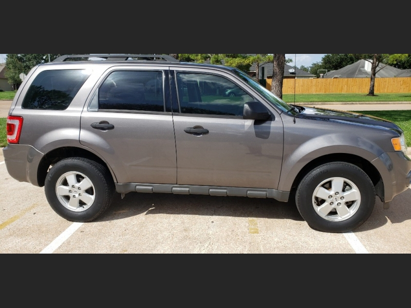 Ford Escape 2012 price $7,495