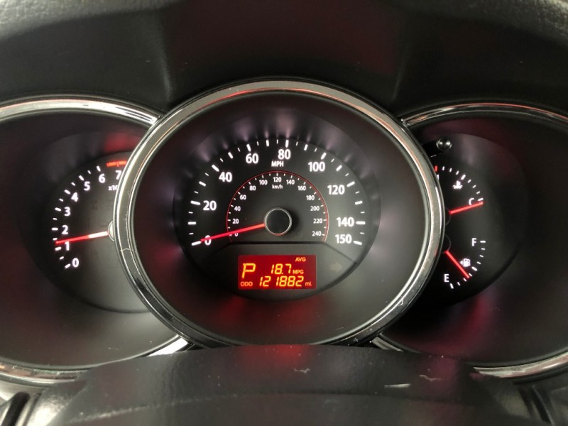 Kia Sorento 2012 price $7,500