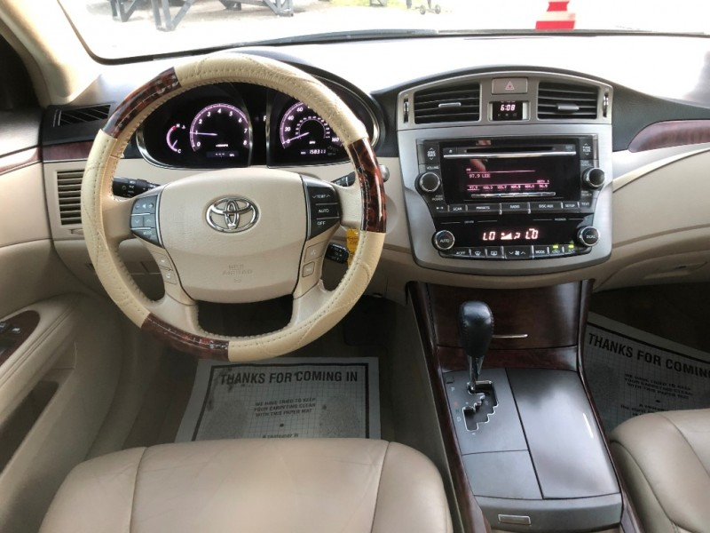 Toyota Avalon 2012 price $8,995
