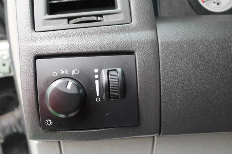 Chrysler 300 2006 price $6,500