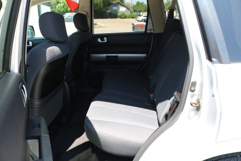 Mitsubishi Endeavor 2006 price $6,500