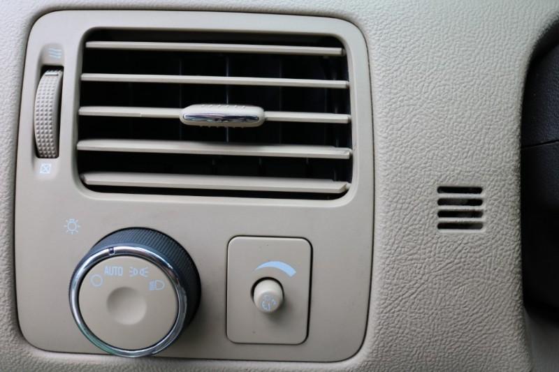 Buick Lucerne 2007 price $7,500