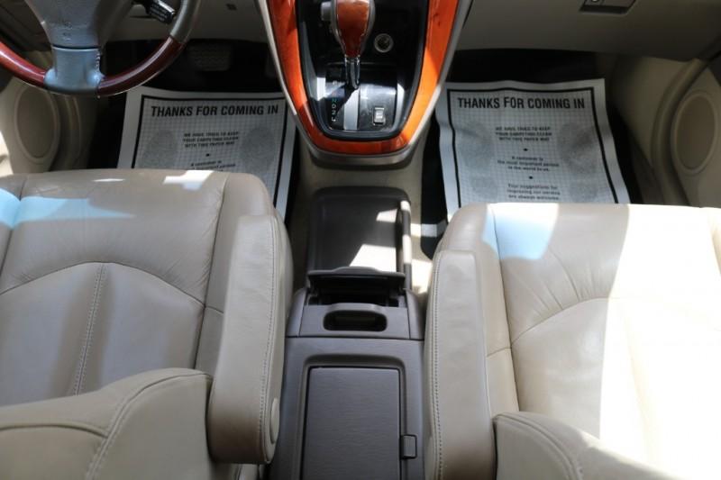Lexus RX 300 2001 price $7,500