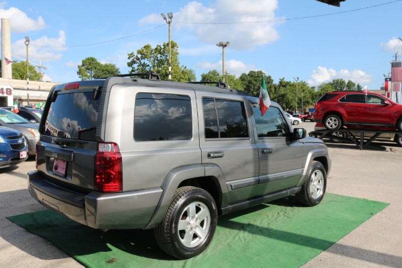 Jeep Commander 2007 price $7,500