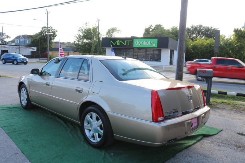 Cadillac DTS 2006 price $6,995