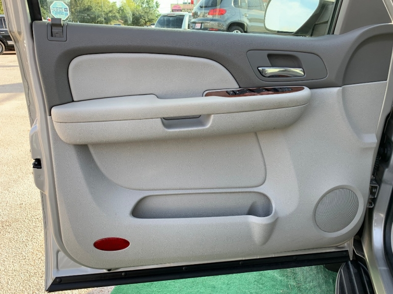 Chevrolet Tahoe 2007 price $9,995