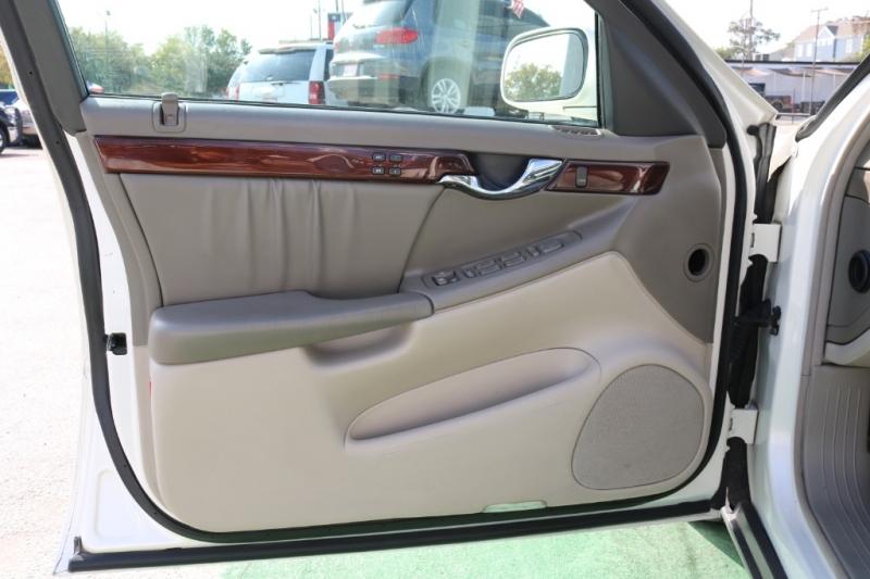 Cadillac DeVille 2003 price $6,500