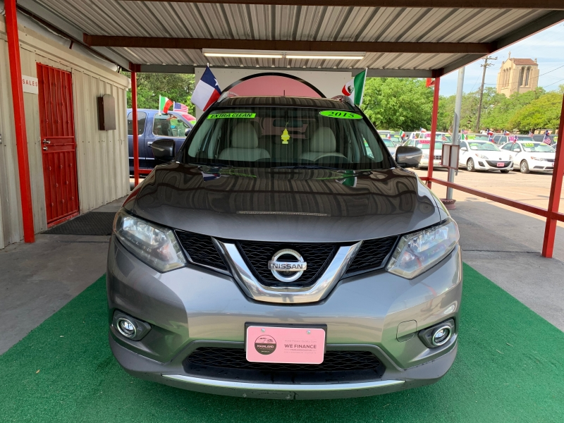 Nissan Rogue 2015 price $10,500