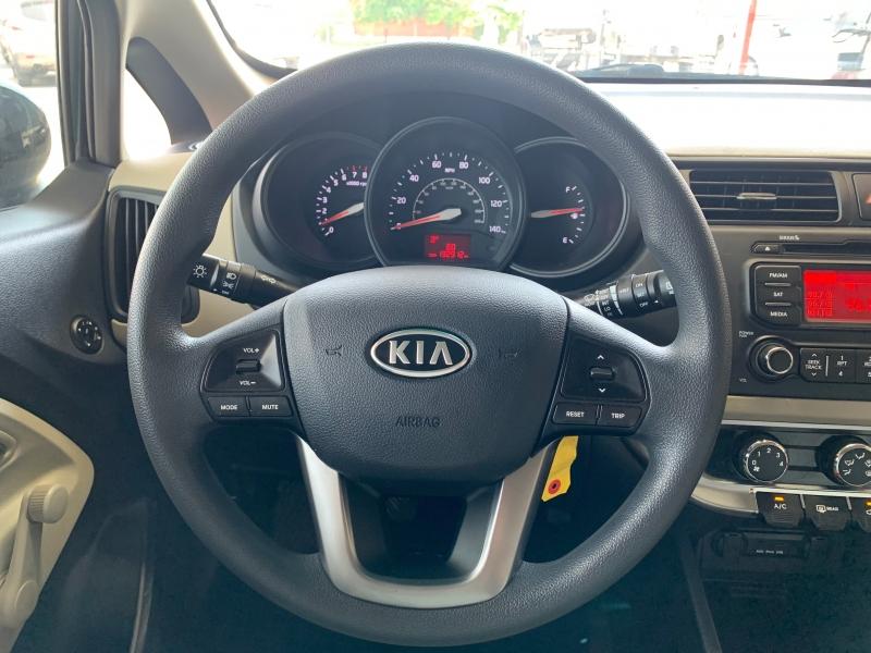 Kia Rio 2013 price $4,995