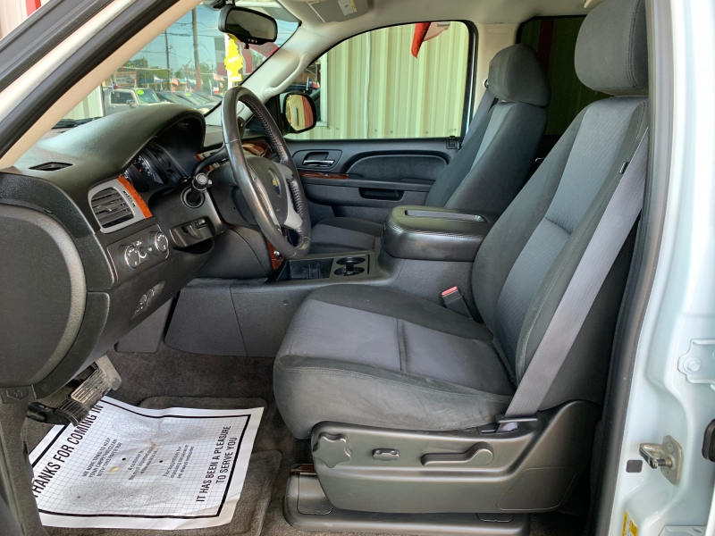 Chevrolet Tahoe 2011 price $10,995
