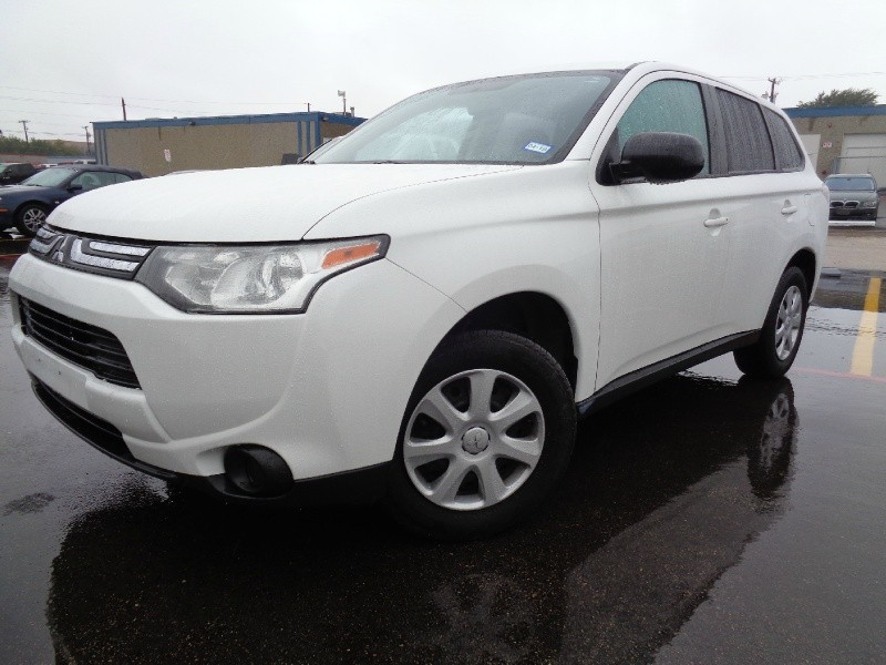 Mitsubishi Outlander 2014 price $1,000 Down