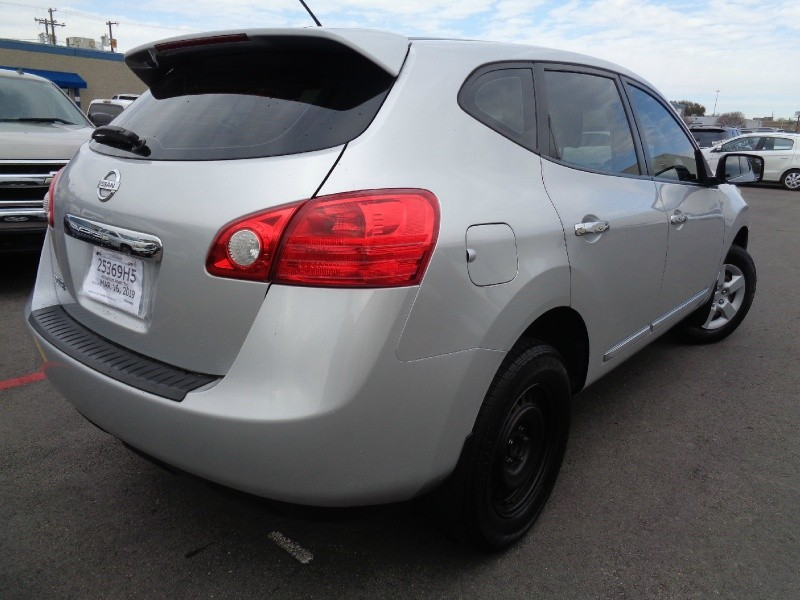 Nissan Rogue 2013 price $10,995