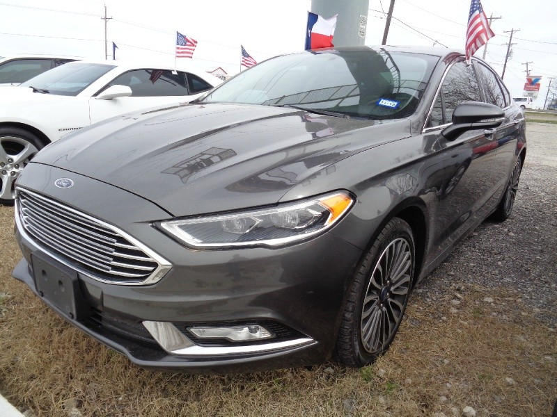 Ford Fusion 2017 price $15,947