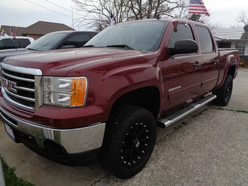 GMC Sierra 1500 2013 price $24,995