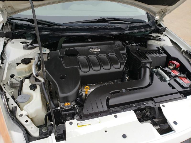Nissan Altima 2009 price $7,947