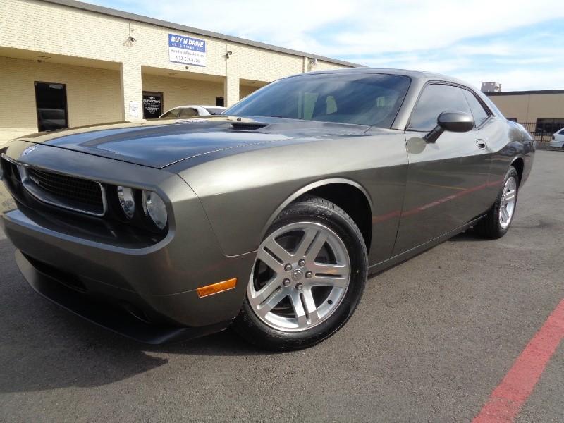 Dodge Challenger 2009 price $2,000 Down