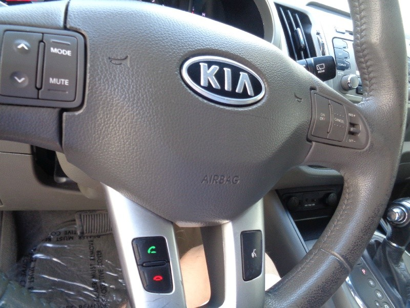 Kia Sportage 2011 price $500Down