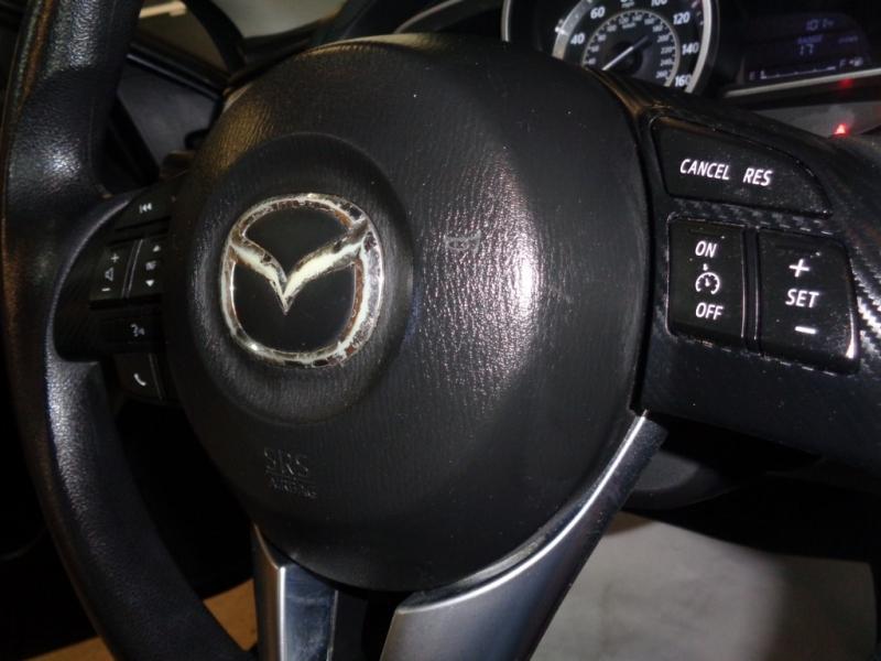 Mazda Mazda3 2016 price $10,995