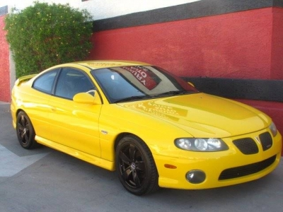 2004 Pontiac GTO Base 2dr Coupe