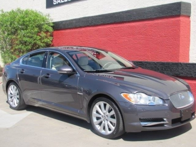 2010 Jaguar XF Premium 4dr Sedan