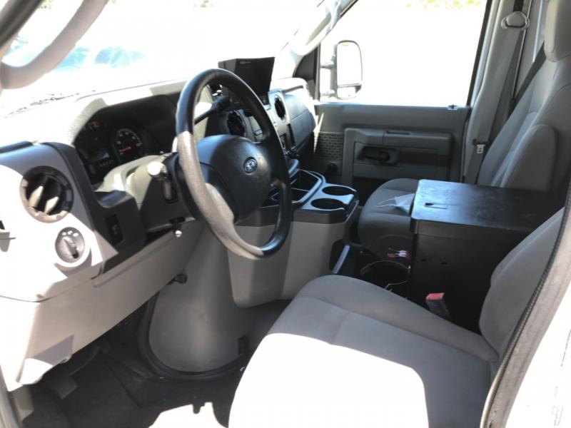 Ford Econoline Cargo Van 2010 price $11,800