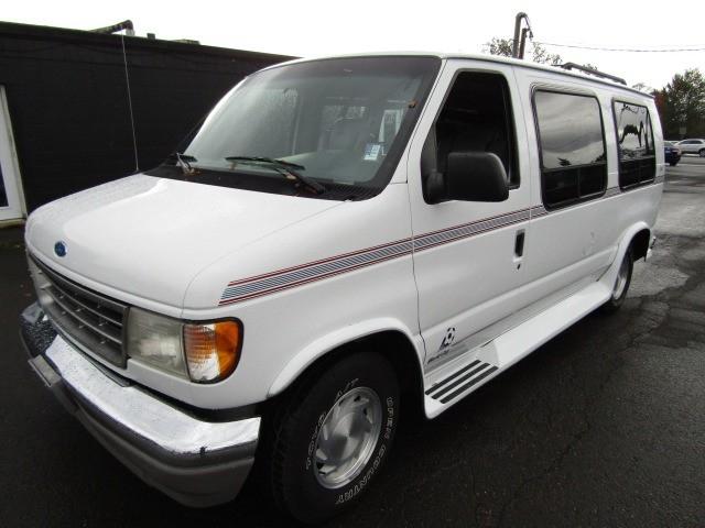1994 Ford Econoline Cargo Van