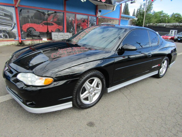 2004 Chevrolet Monte Carlo 2dr Cpe SS Supercharged